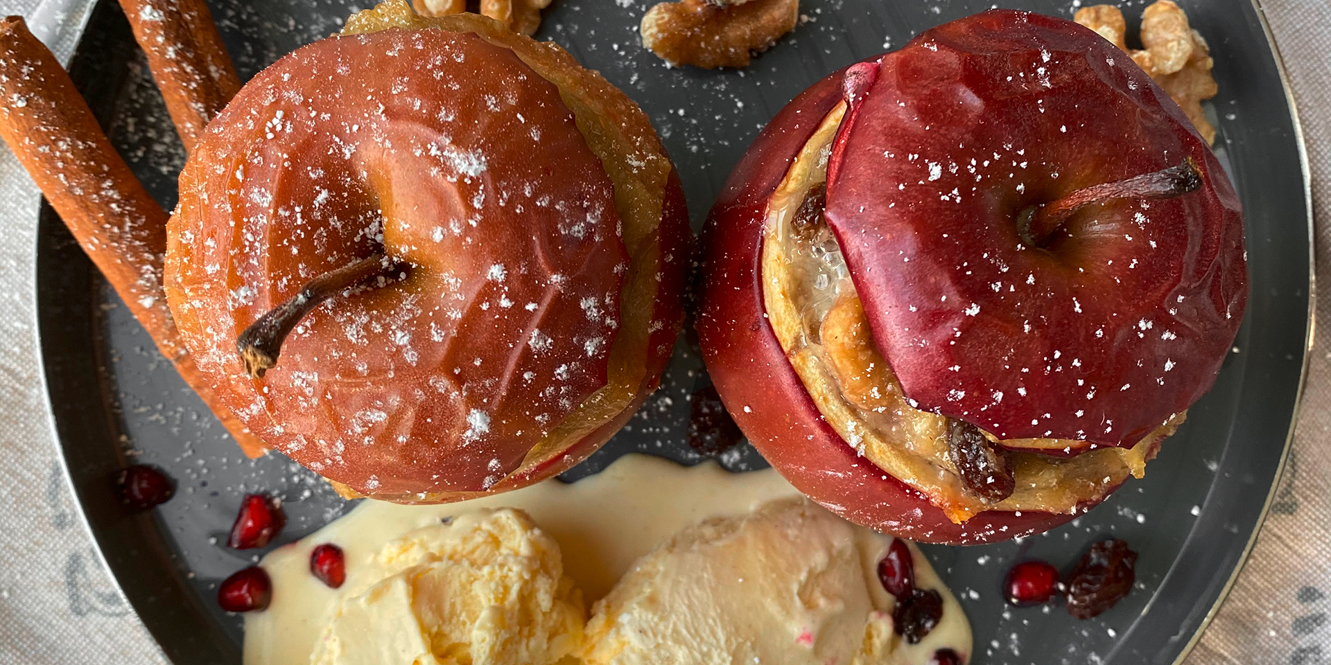 Julias Rezept: Bratapfel mit Vanilleeis